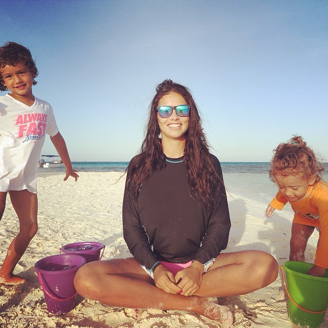 Watch Adriana Lima Do the Ice Bucket Challenge with Her Daughters