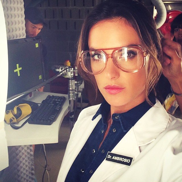 Alessandra Ambrosio dresses up as a doctor