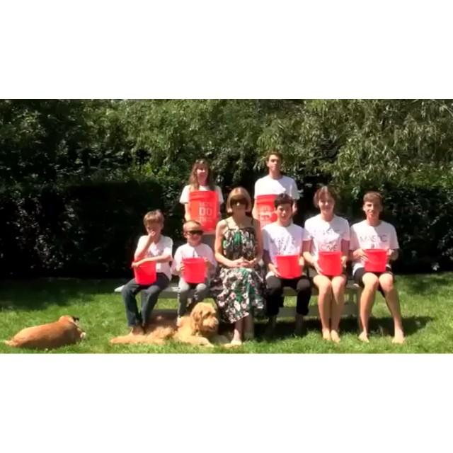 anna-wintour-ice-bucket-challenge