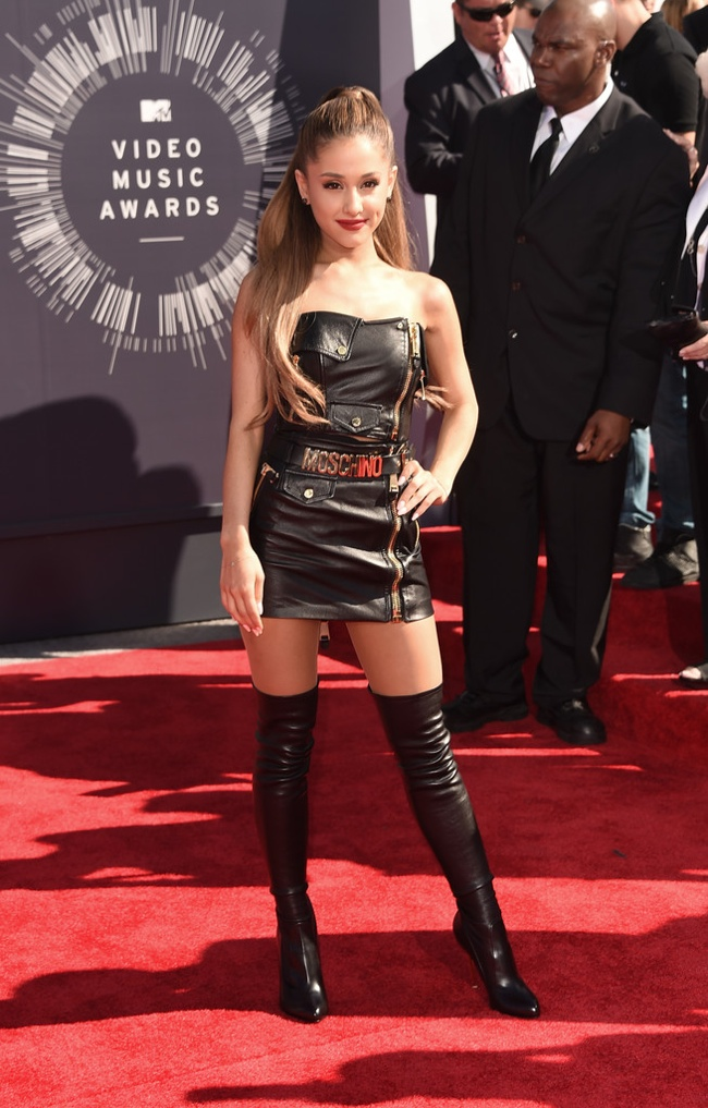 Ariana Grande wore a black mini leather Moschino dress