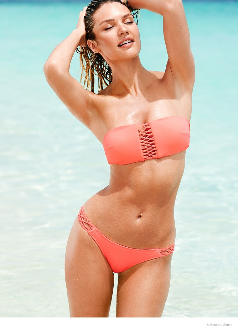 candice-swanepoel-beach-photos-2014-21