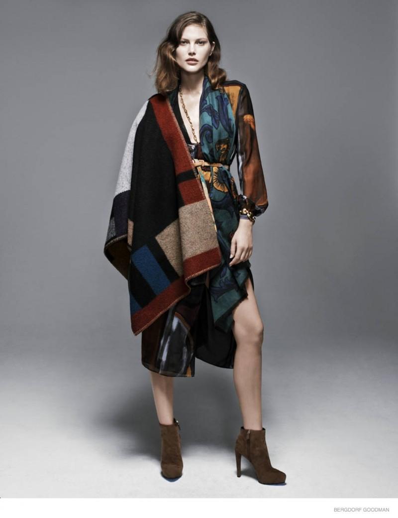 catherine mcneil fall looks bergdorf goodman02 800x1040 Catherine McNeil Models Eclectic Fall Fashion for Bergdorf Goodman Shoot