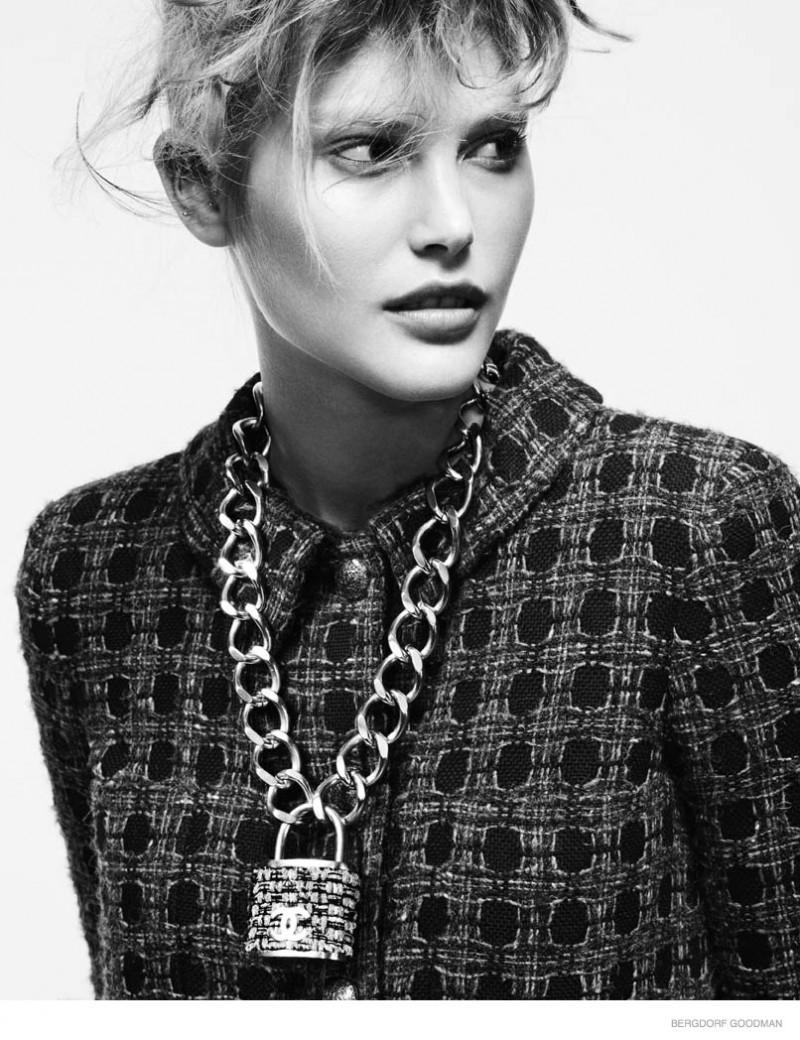 catherine mcneil fall looks bergdorf goodman05 800x1040 Catherine McNeil Models Eclectic Fall Fashion for Bergdorf Goodman Shoot