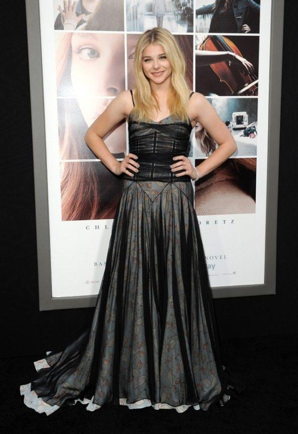 chloe-grace-moretz-black-schiaparelli-gown