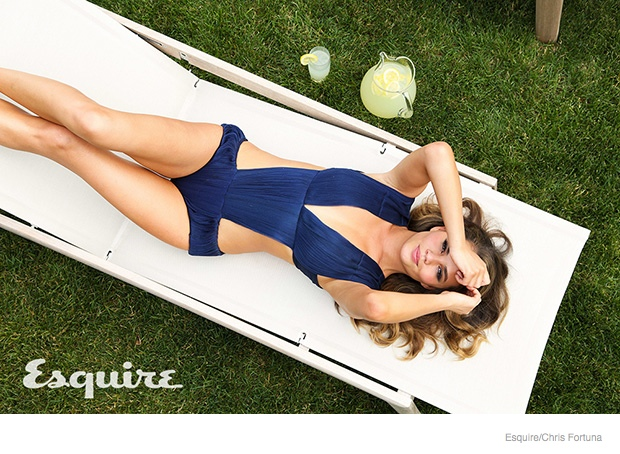 chrissy-teigen-esquire-sexy04