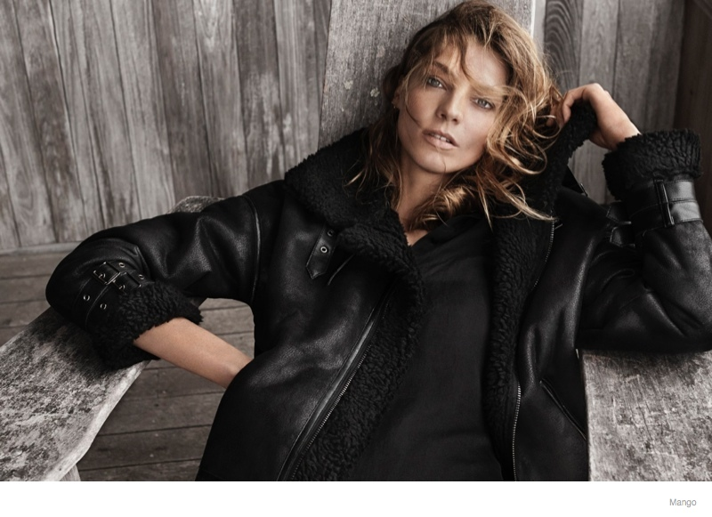daria-werbowy-mango-fall-2014-ad-photos7