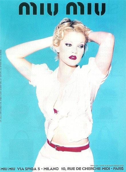drew-barrymore-miu-miu-spring-1995-ad-campaign02