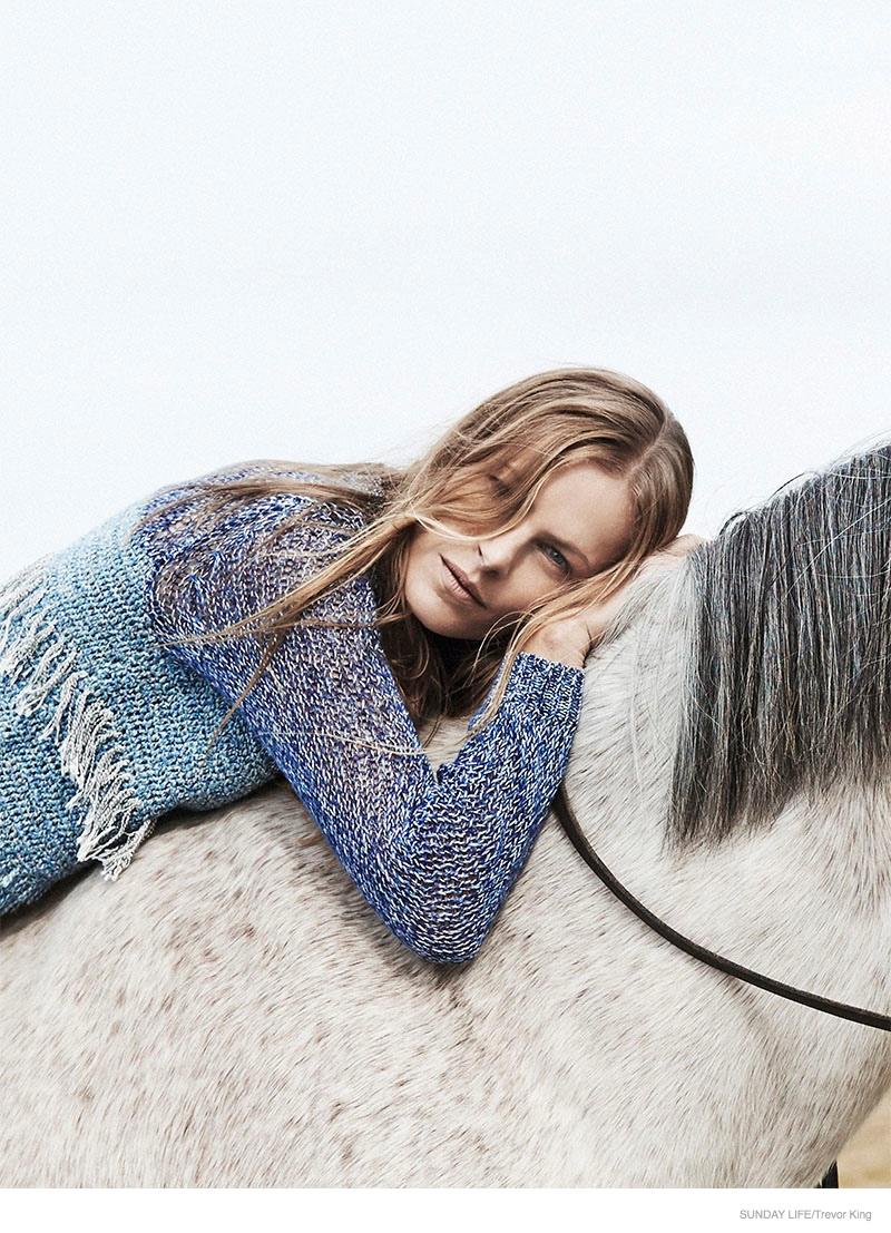 emma-balfour-horse-fashion-shoot-03