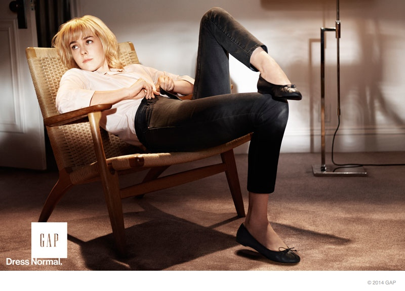 gap 2014 fall ad campaign photos04 Gap Taps Elisabeth Moss, Jena Malone, Zosia Mamet + More for Fall 2014 Ads