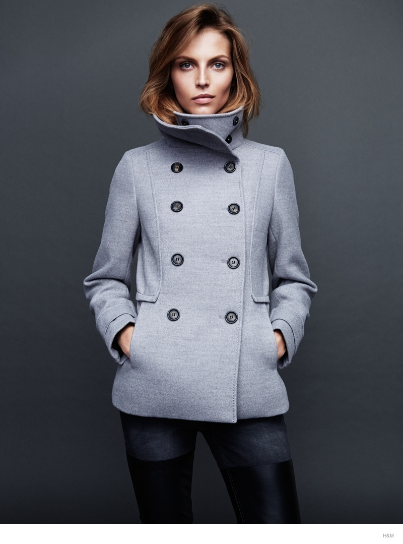 hm fall outerwear karlina caune3 Karlina Caune Models H&Ms Fall Outerwear in Trend Update