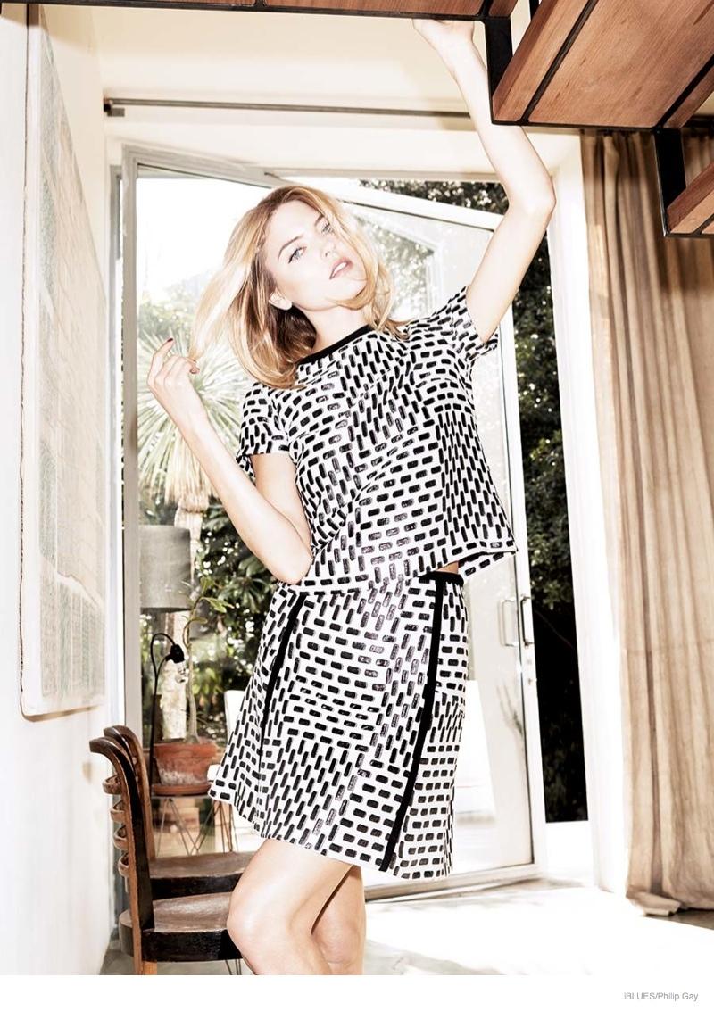 iblues-dresses-fall-2014-campaign-martha-hunt10