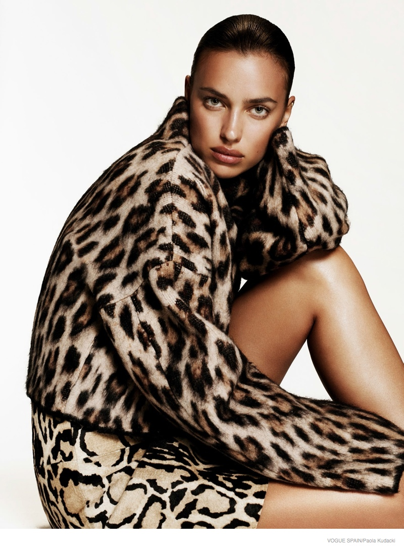 irina shayk animal print fashion08 Irina Shayk Wears Animal Print for Vogue Spain Shoot by Paola Kudacki