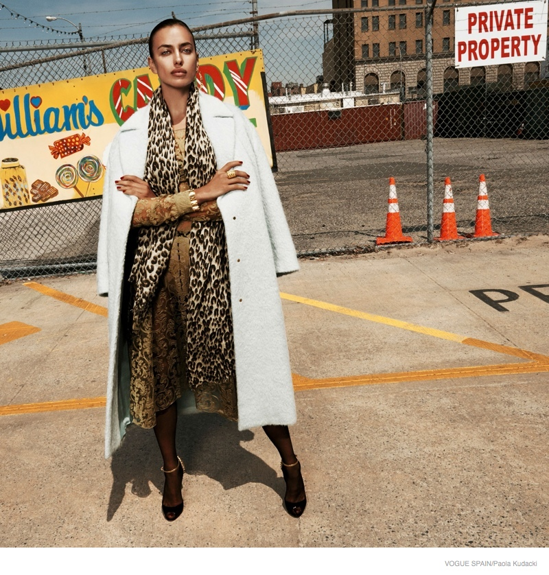 irina shayk animal print fashion09 Irina Shayk Wears Animal Print for Vogue Spain Shoot by Paola Kudacki