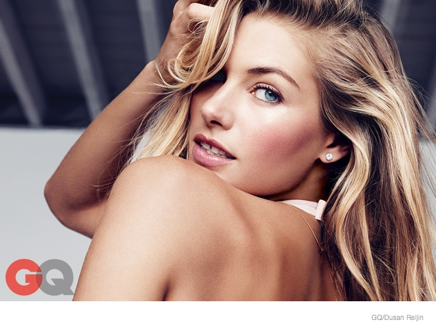 jessica hart sexy gq shoot04 Jessica Hart is Smokin Hot in Her Underwear for GQ Shoot