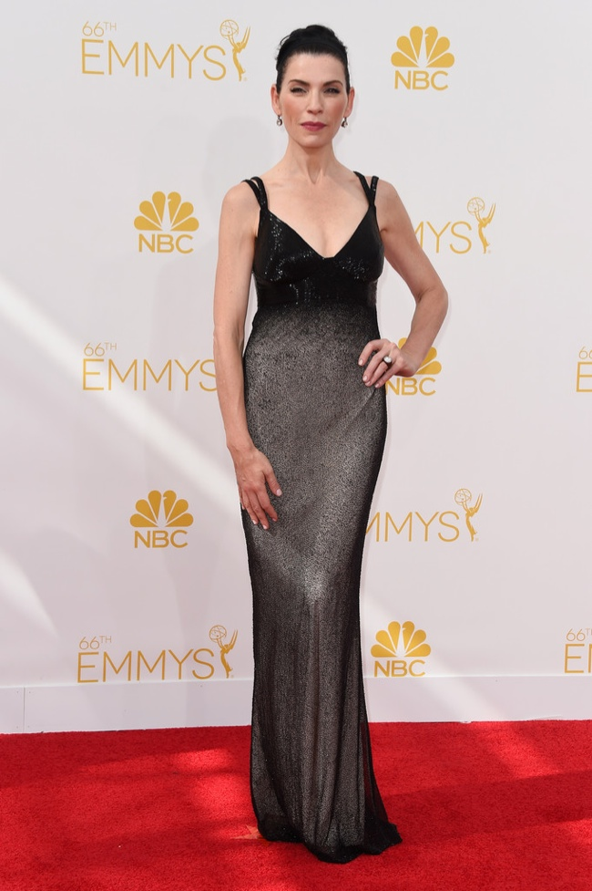 Julianna Margulies wore a Narciso Rodriguez dress in black