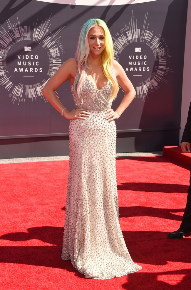 Kesha sparkles in white gown by Johanna Johnson