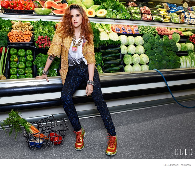kristen stewart elle 2014 photos03 Kristen Stewart Poses at Super Market for ELLEs September Issue