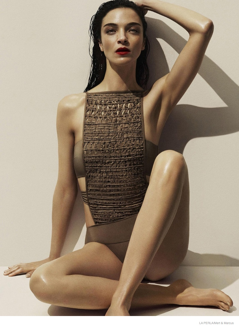 la perla sleepwear swimwear 2014 fall01 More Photos of Liu Wen, Mariacarla Boscono & Daria Strokous Revealed for La Perla