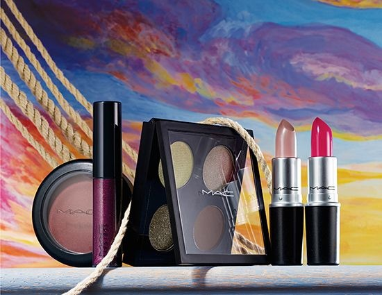 mac-cosmetics-novel-romance-makeup-photos-2014-4