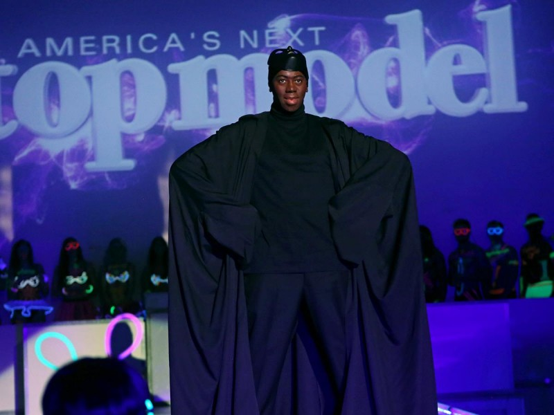 miss j runway antm 800x600 Im a Witch, Im Not Intimidated: Americas Next Top Model Cycle 21 Premiere Recap