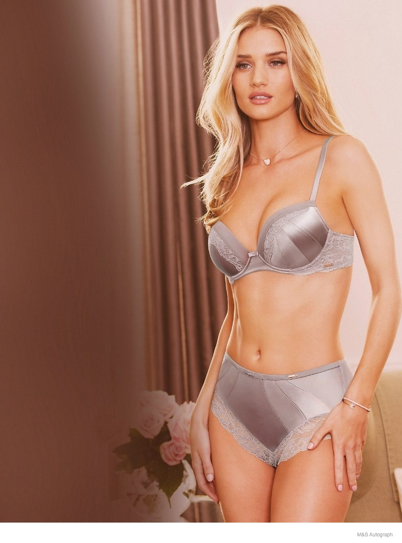 rosie huntington whiteley underwear autograph 2014 02 Rosie Huntington Whiteley Models Underwear in New Autograph Lingerie Line