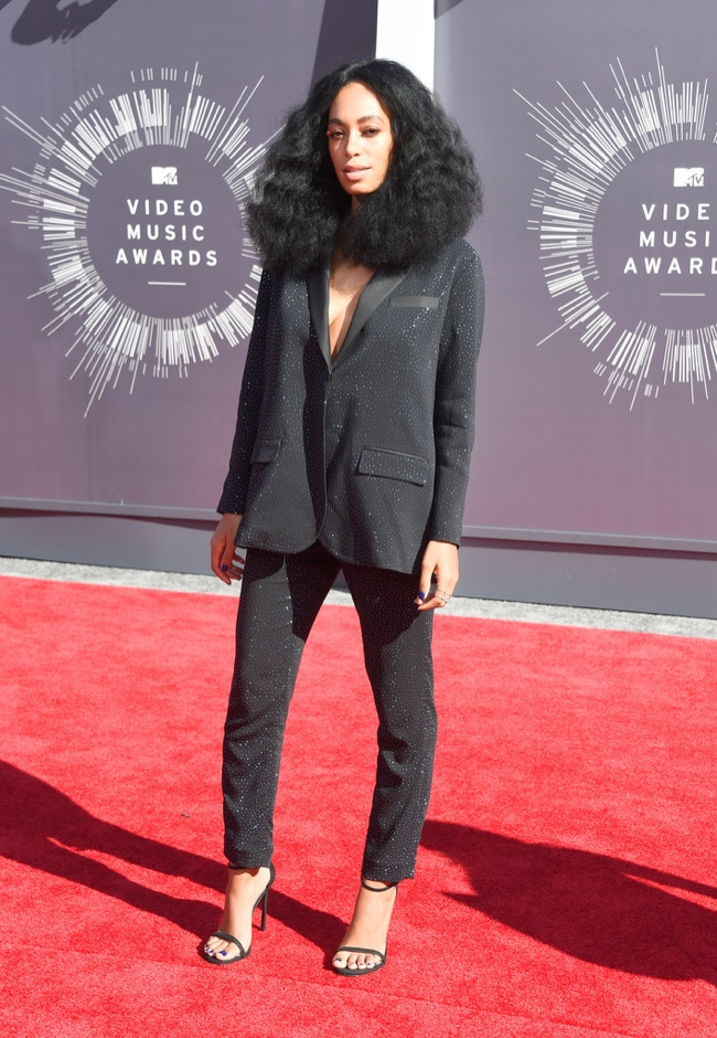 Solange Knowles spotted in a black pantsuit from H&M