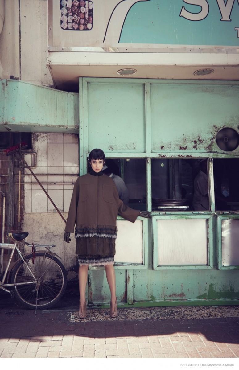tao okamoto bergdorf goodman shoot14 775x1200 Tao Okamoto Wears Sleek & Modern Style for Bergdorf Goodman's Fall Catalogue