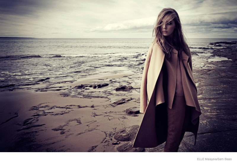 beach fall outerwear sam bisso02 Adele McKenn Wears Fall Outerwear for Elle Malaysia by Sam Bisso