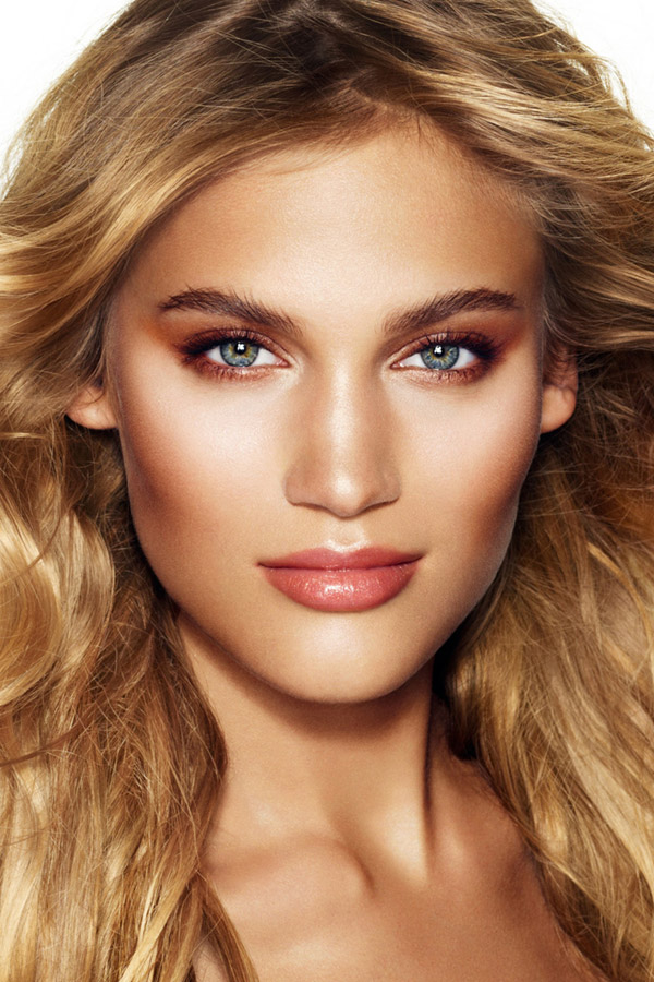 charlotte-tilbury-beauty-model