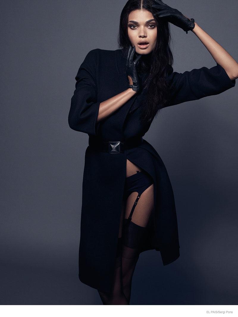 daniela-braga-sexy-coats01