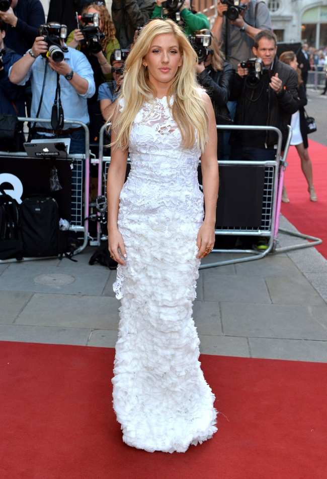 Elie Goulding wears Ermanno Scervino gown