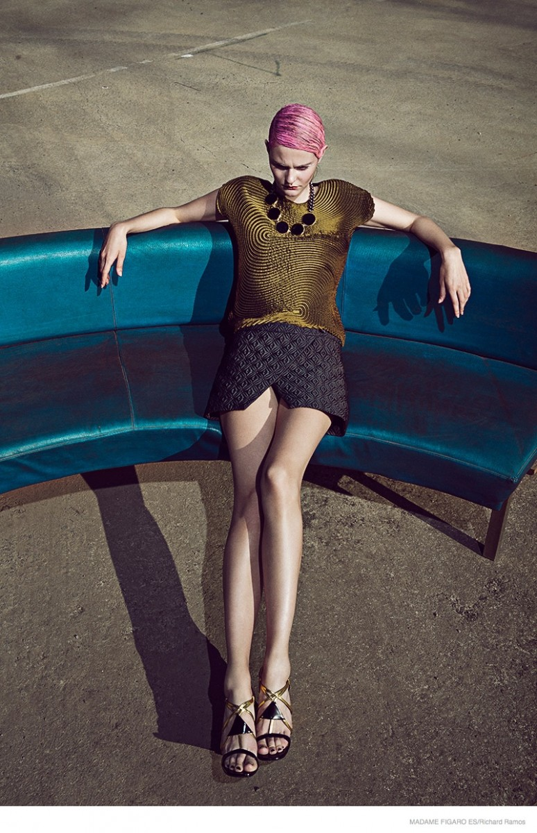 futuristic fashion richard ramos07 774x1200 Abbie Weir Wears Futuristic Style for Madame Figaro Spain by Richard Ramos