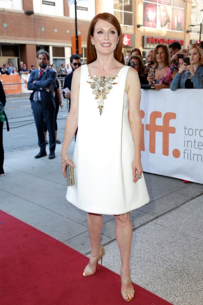 "Julianne Moore Wears White Chanel Couture Dress at ""Still Alice"" TIFF Premiere"