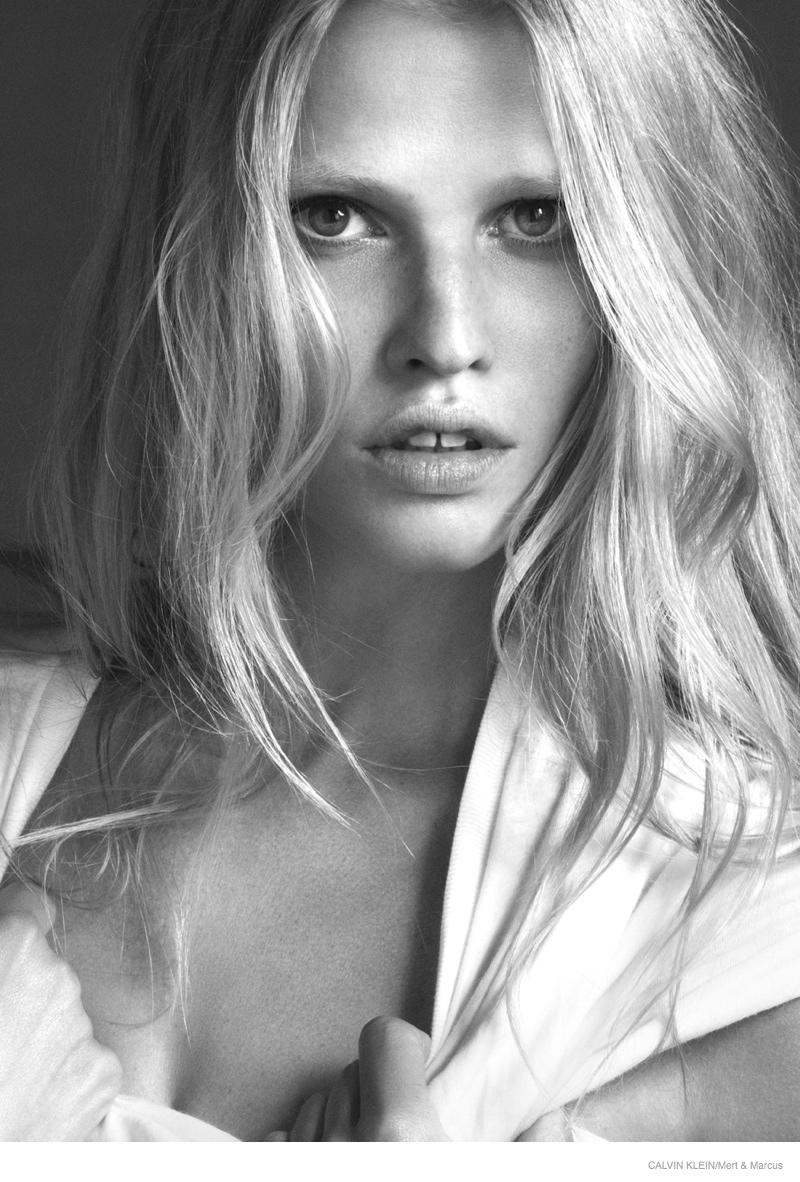 lara stone black white ck ads 2014 03 See Lara Stones Steamy Calvin Klein Jeans & Underwear Films
