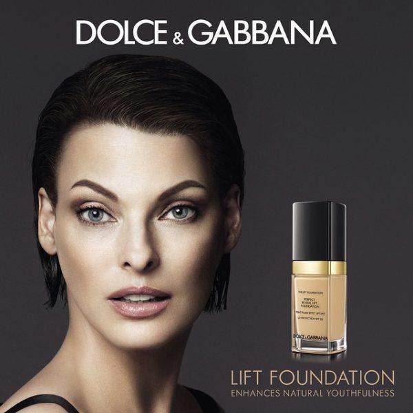 linda-evangelista-dolce-gabbana-lift-foundation