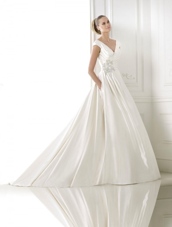 pronovias-2015-crystal-wedding-dresses-collection01