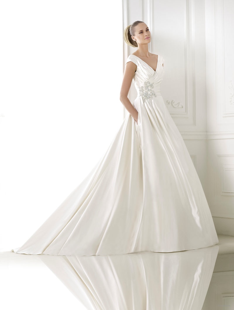 pronovias-2015-crystal-wedding-dresses-collection01