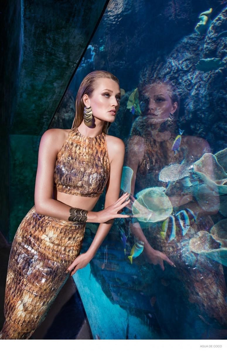 Toni Garrn Gets Aquatic for Agua de Coco Beachwear 2015 Ads