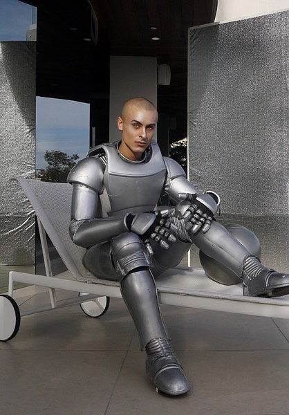 ANTM-Robot-Photo-Shoot-Cory