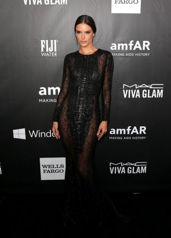 Alessandra Ambrosio wears sexy Zuhair Murad black gown