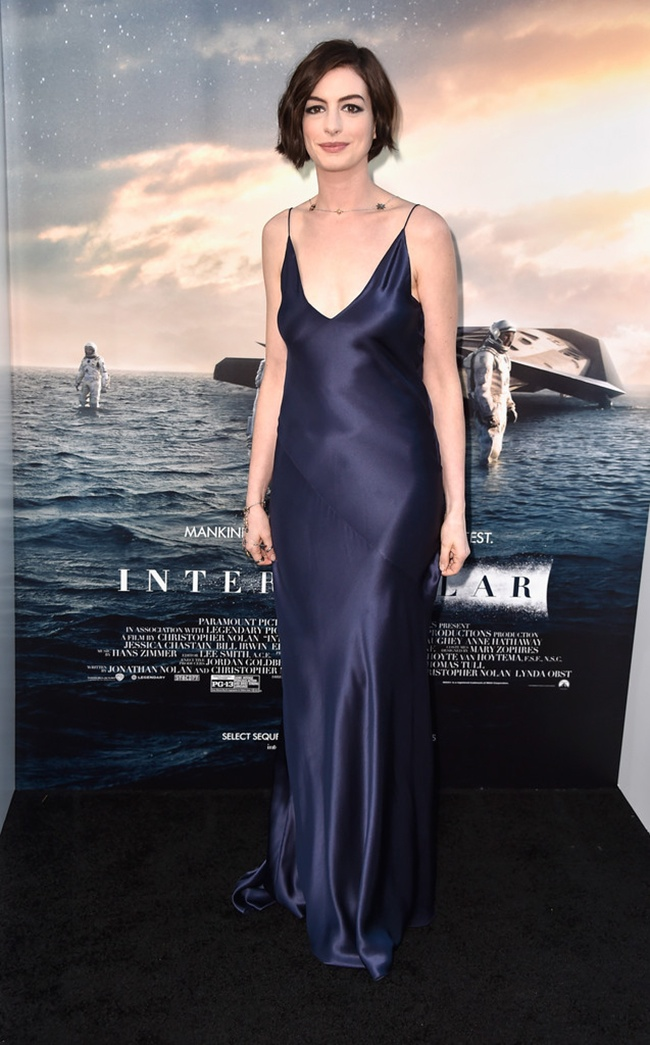 "Anne Hathaway Wears Richard Nicoll Slip Dress at ""Interstellar"" LA Premiere"