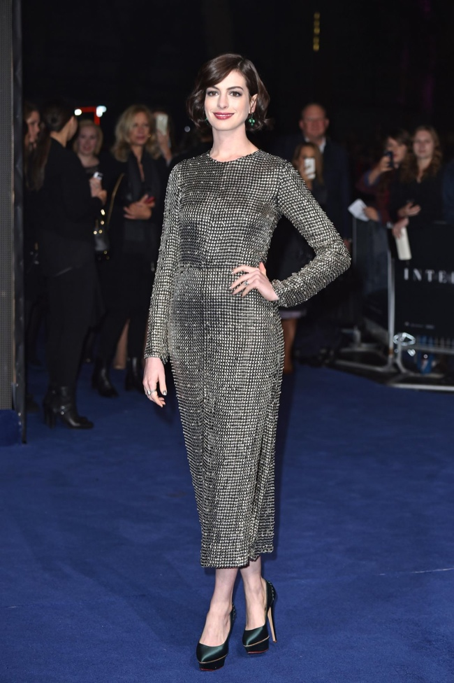 "Anne Hathaway Shines in Silver Wes Gordon Dress at ""Interstellar"" London Premiere"