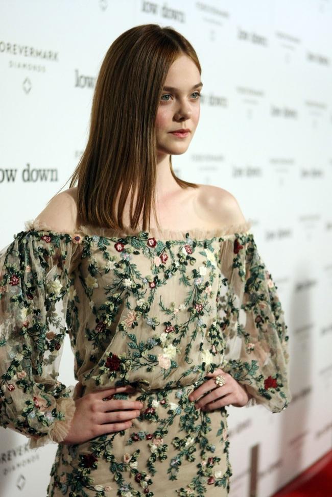 elle-fanning-marchesa-floral-dress2