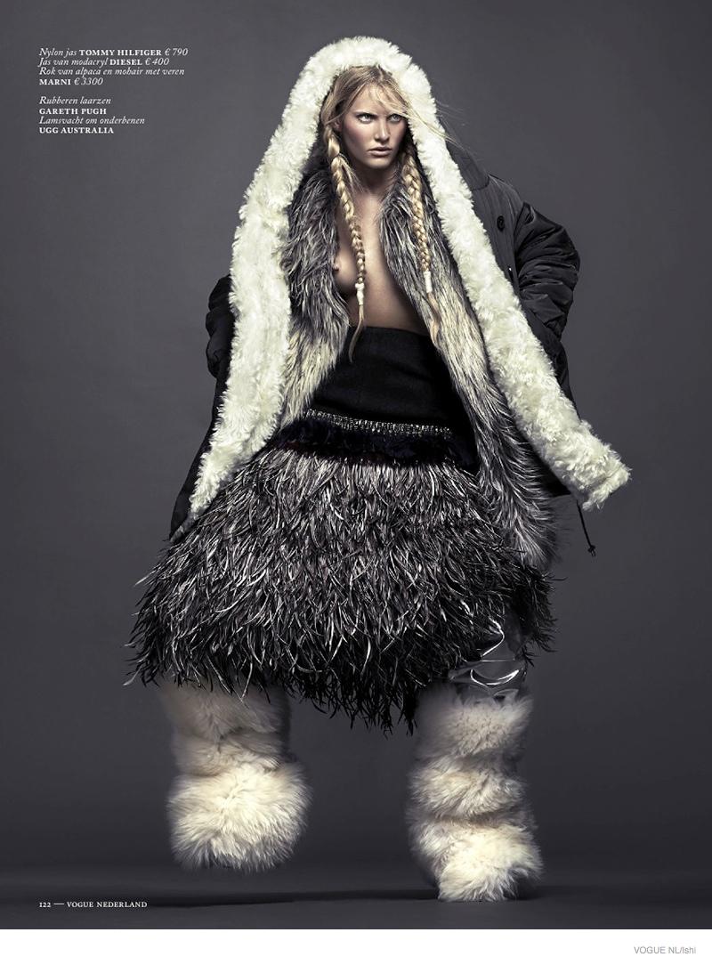emily-baker-furs06