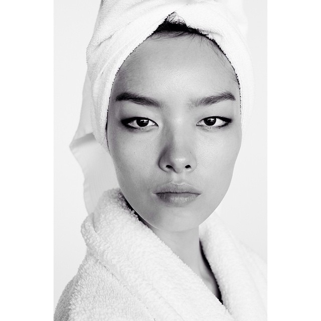"Fei Fei Sun in New Mario Testino ""Towel Series"" Photo"