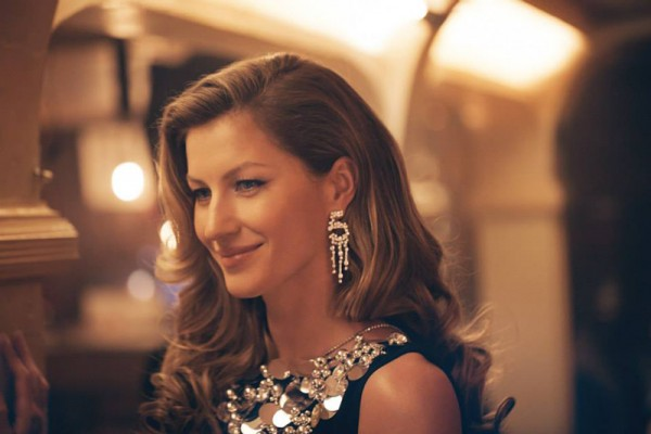 gisele-chanel-no-5-still