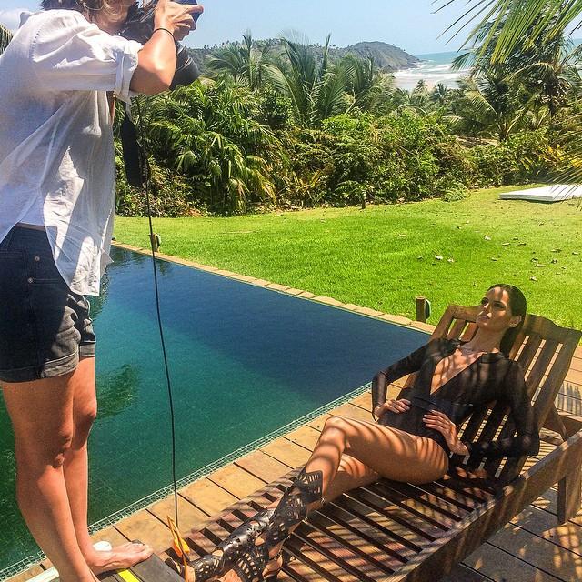 Izabel Goulart behind the scenes on Bazaar Brazil shoot