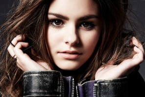 """The Voice"" Star Jacquie Lee Poses for Elle Magazine"