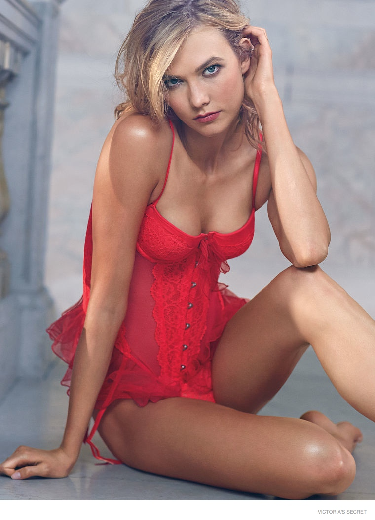 Karlie Kloss In Vs Photos W Blonde Hair
