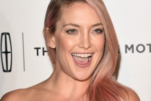 Kate Hudson Reveals Pink Hairstyle for Breast Cancer Awareness